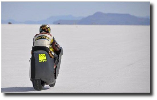 Electric Motorcycle breaks 200mph