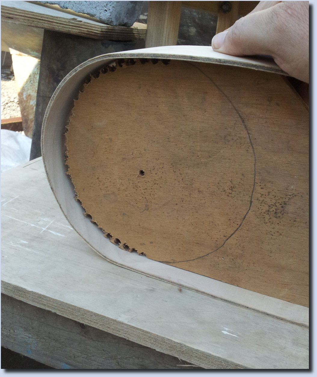 Image of Bending steamed Plywood around a former